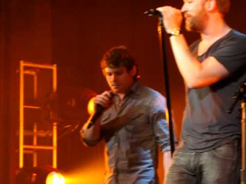 Lady Antebellum Josh Kelley and Randy Montana Singing Tom Petty`s Last Dance With Mary Jane