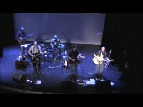 """Midwest Winter Driving Song"" - The Cutaways Live at The Mabel Tainter"