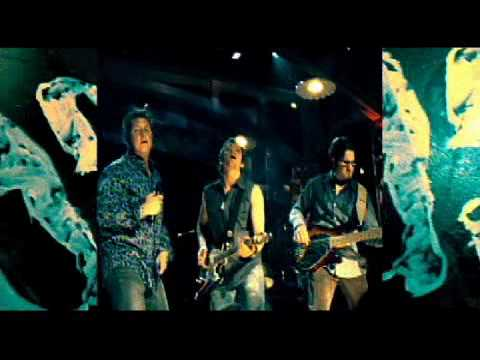 """I`m Movin` On"" - Rascal Flatts Official Music Video"