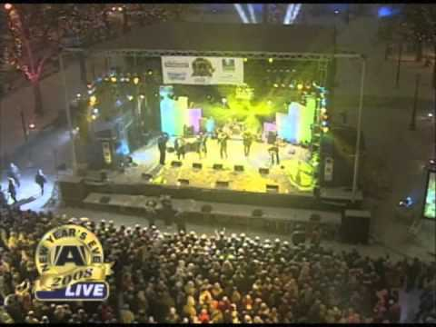 Rawlins Cross - A Little of Your Lovin` (Live)