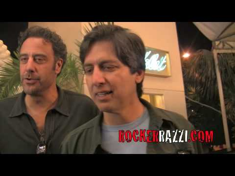 Everybody Loves Raymond Brad Garrett and Ray Romano