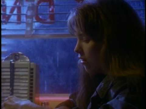 Reba McEntire - For My Broken Heart