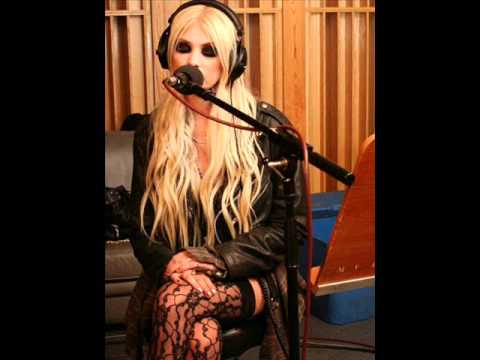 The Pretty Reckless - Islands/Love The Way You Lie (Mashup)