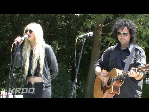 "The Pretty Reckless - ""(What`s So Funny `Bout) Peace, Love and Understanding"" (Live from KROQ)"