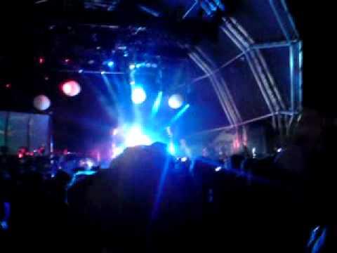 Bohemian Rhapsody - Newton Faulkner | Live @ Relentless Boardmasters 2010, Watergate Bay, Newquay