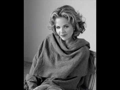 Renee Fleming sings Quando m`en Vo