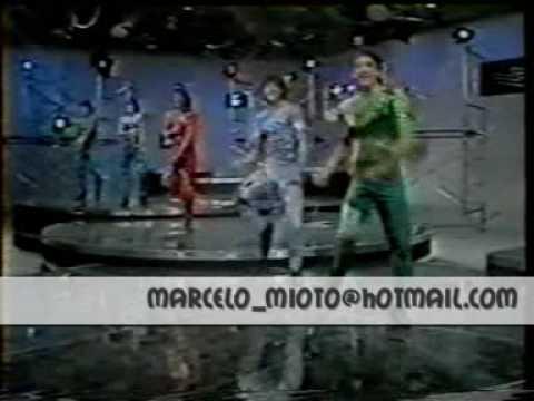 MENUDO 1984 CHICLE DE AMOR RICKY MELENDEZ CHARLIE RAY ROY ROBBY