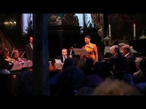 "Ris�r in New York: Brueggergosman performs Mahler`s ""Ging heut Morgen �bers Feld"""