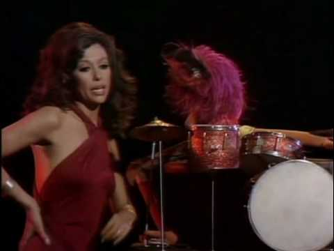 Muppet Show - Rita Moreno & Animal - Fever.avi