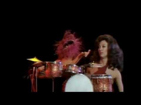 Las Cosas de Animal y Rita Moreno (Fever)