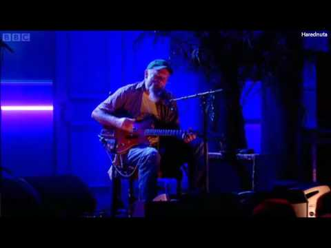 "Seasick Steve Performing That`s All on ""The Rob Brydon Show"""