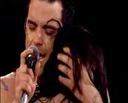 robbie williams come undone (live at knebworth)