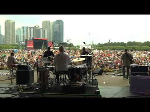 "Robert Earl Keen - ""The Rose Hotel"" Live at Lollapalooza 2009"