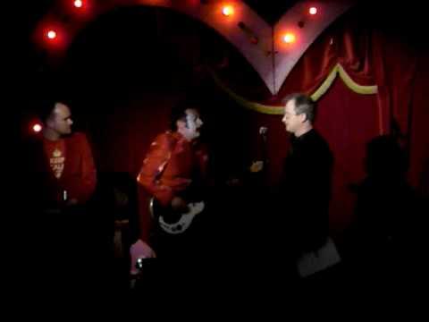Karaoke Circus 11/02/2010 - Robin Ince - Love will Tear us Apart