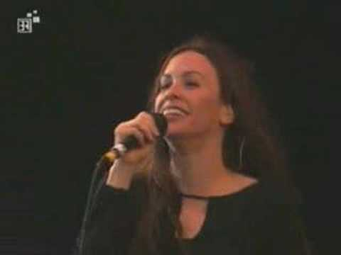 Alanis Morissette - Rock Im Park 2001 - Hand In My Pocket