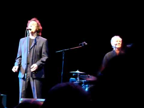 The Zombies - A Rose for Emily (live at Yountville, CA, 6-28-09)