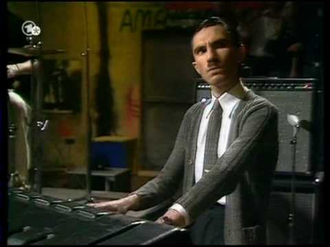 Sparks - Something For The Girl With Everything (in the studio + live)