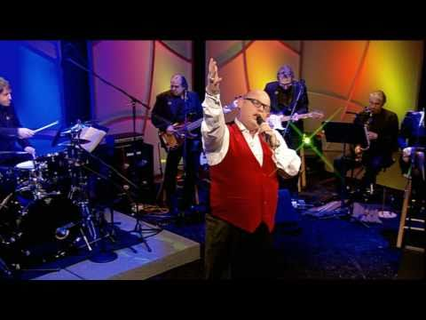 Ronan Tynan: More Than Magic - Hallelujah