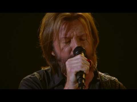 Ronnie Dunn - Bleed Red - ACM Awards 2011