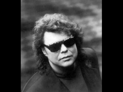 "Ronnie Milsap ""Please Don`t Tell Me How The Story Ends"""
