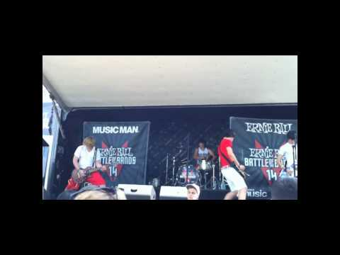 Close Your Eyes - Rosy Likes Red @ Warped Tour 2010