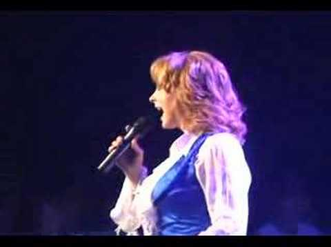 reba mcentire las vegas hilton july 2006 rumor has it