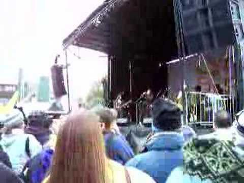 "Rusted Root ""Send Me On My Way"" Live"