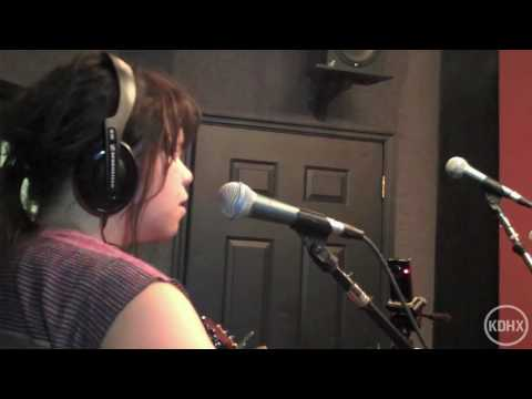 "Samantha Crain ""We Are The Same"" Live at KDHX 5/21/10 (HD)"