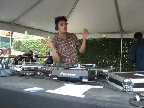 seth troxler @ Sunday School For Degenerates WMC 2010