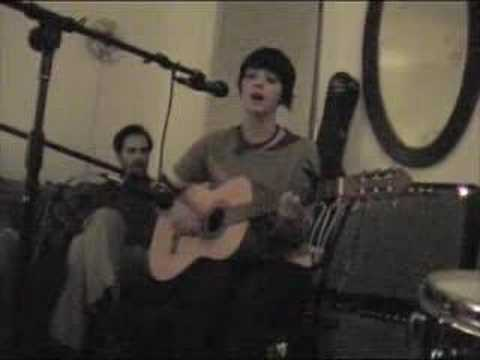 "Sharon Van Etten sings ""For You"" at The Apartment"