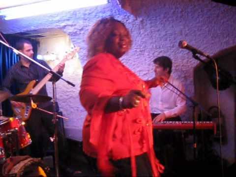 Sharrie Williams live at Muddys Club Weinheim