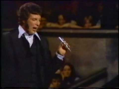 TOM JONES - I (WHO HAVE NOTHING) (LIVE) LATE SIXTIES.