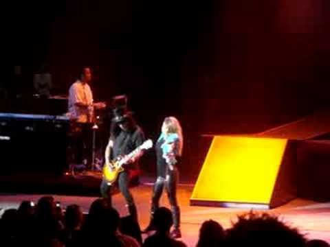 Fergie feat. Slash - Sweet Child O` Mine Live