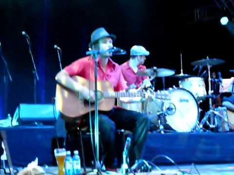 Sportfreunde Stiller - Ein Kompliment (Unplugged) - Live in Stuttgart [10.06.2009]
