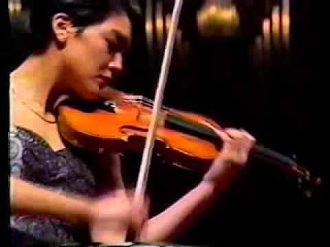 Anne Akiko Meyers Bruch Scottish Fantasy Finale with Slatkin/St.Louis Symphony in Tokyo