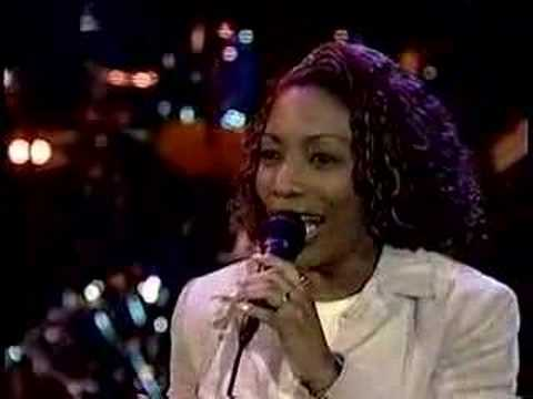 Stephanie Mills sings (home) on rosie