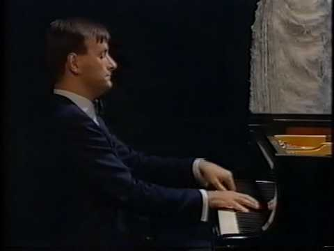 Stephen Hough plays Now Sleeps the Crimson Petal