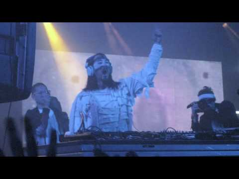 Kid Cudi Pursuit of Happiness Steve Aoki Remix