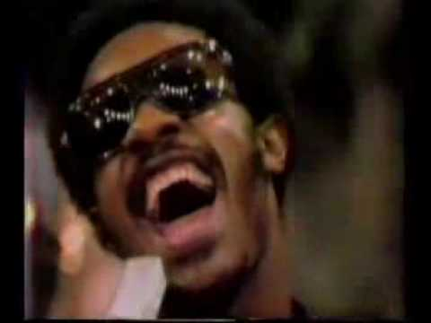 Stevie Wonder - Superstition live on Sesame Street