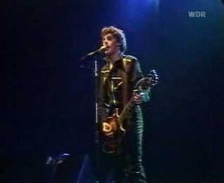 stiff little fingers - back to front `80