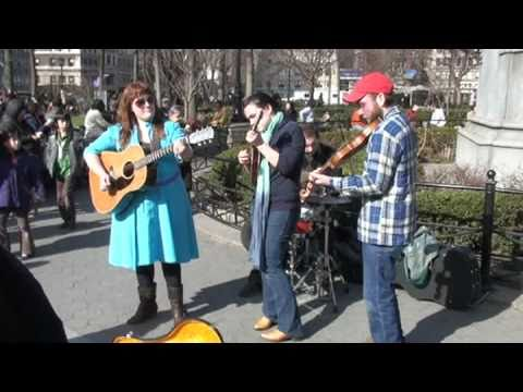 Sweetback Sisters, in Union Square Park, NYC 03/21/09 - Uplifting and soulful music.