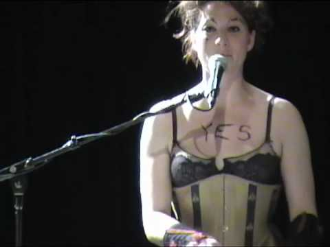 AMANDA PALMER & NERVOUS CABARET w/ SXIP SHIREY: That`s Not My Name (Live) 11/14/2009