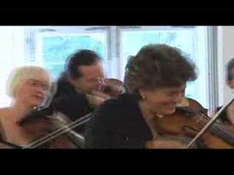 """""""Tambourins"""" from Alcyone - Tafelmusik Baroque Orchestra"""