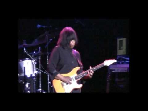 Joan Armatrading - Tall In The Saddle - Live in Cologne - 3.3.2010