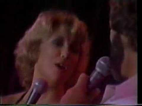 "Tanya Tucker & Glen Campbell ""Dream Lover"""