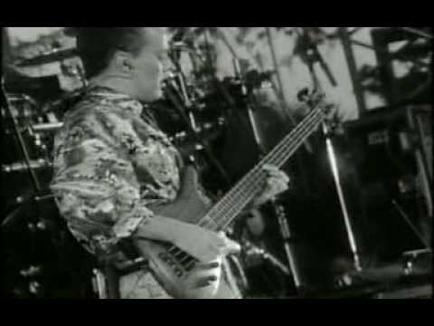 "Tears For Fears live ""Head Over Heels"""