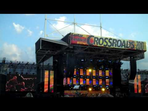 CROSSROADS 2010 Susan Tedeschi with Derek Trucks Band and Warren Haynes of Allman Brothers