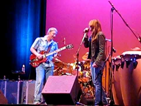 "Derek Trucks Band - 11-29-2008 ""Gonna Move"""