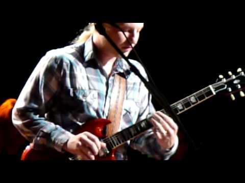 Susan Tedeschi & Derek Trucks Band - Get Out Of My Life 12.28.08