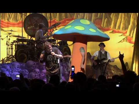 Tenacious D - Sasquatch live (HD)